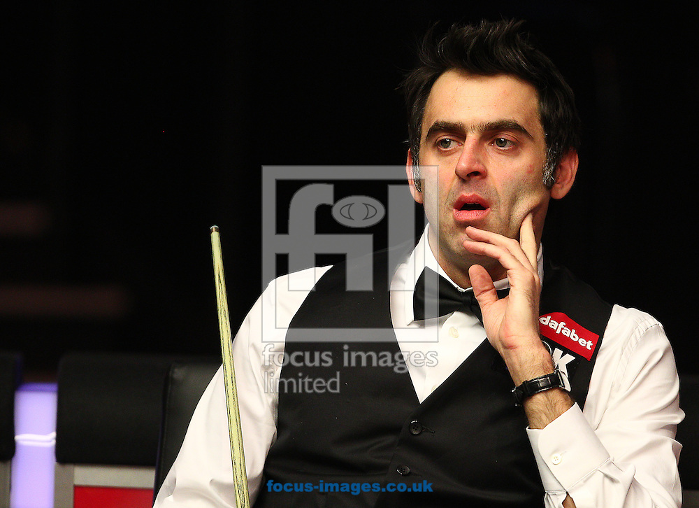 Picture by Paul Terry/Focus Images Ltd +44 7545 642257<br /> 14/01/2014<br /> Ronnie O' Sullivan during The Masters first round match at Alexandra Palace, London.