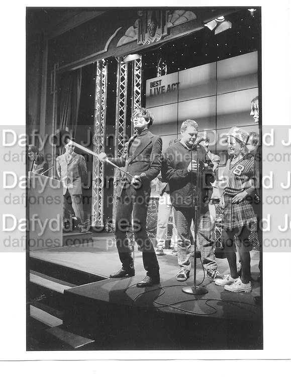 Jarvis Cocker Q awards Park lane Hotel, London 8 Nov 96 © Copyright Photograph by Dafydd Jones 66 Stockwell Park Rd. London SW9 0DA Tel 020 7733 0108 www.dafjones.com