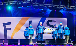 20.02.2019, Seefeld, AUT, FIS Weltmeisterschaften Ski Nordisch, Seefeld 2019, Eröffnungsfeier, im Bild Übergabe der FIS Fahne // handover of the FIS flag during the opening ceremony of the FIS Nordic Ski World Championships 2019. Seefeld, Austria on 2019/02/20. EXPA Pictures © 2019, PhotoCredit: EXPA/ Stefan Adelsberger