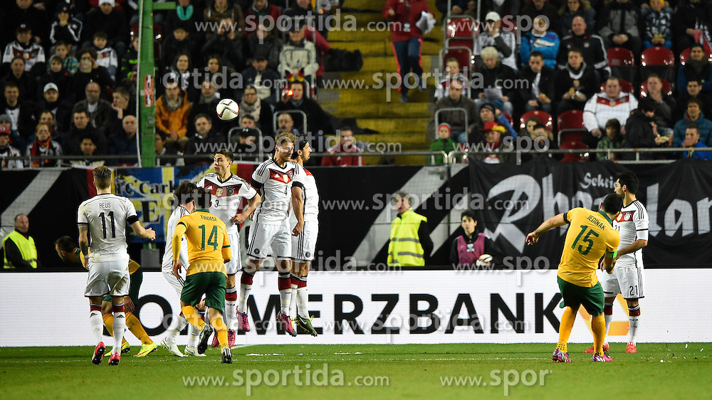 25.03.2015, Fritz Walter Stadion, Kaiserslautern, GER, FS Vorbereitung, Deutschland vs Australien, DFB L&auml;nderspiel, im Bild TOR 1:2 durch Mile Jedinak (AUS) Freistoss (rechts) // during the international frindly football macht between Germany and Australia at the Fritz Walter Stadion in Kaiserslautern, Germany on 2015/03/25. EXPA Pictures &copy; 2015, PhotoCredit: EXPA/ Eibner-Pressefoto/ Weber<br /> <br /> *****ATTENTION - OUT of GER*****