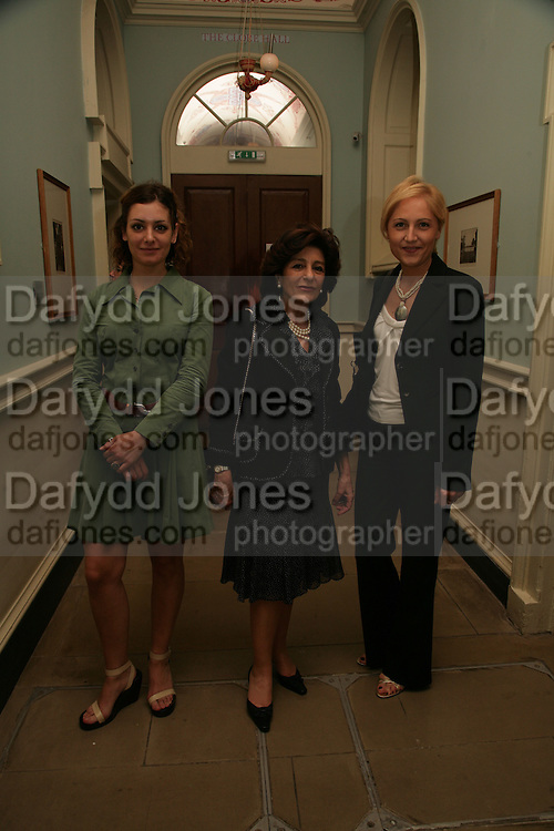 Valeria Asaro, Dr. Rossana Pittelli and Valentina Dovico, France in Russia:  Empress Josephine's Malmaison Collection. Hermitage Rooms, Somerset House. London. 23 July 2007.   -DO NOT ARCHIVE-© Copyright Photograph by Dafydd Jones. 248 Clapham Rd. London SW9 0PZ. Tel 0207 820 0771. www.dafjones.com.