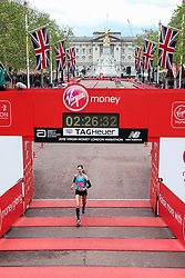 Molly Huddle finishes London Marathon in 2:26:33 for 12th place
