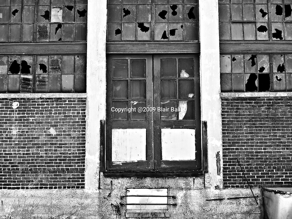Abandoned building photograph in downtown Memphis Tennessee.