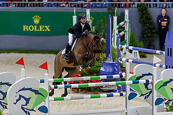 FARRINGTON Kent (USA), Gazelle<br /> Genf - CHI Geneve Rolex Grand Slam 2019<br /> Prix des Communes Genevoises<br /> 2-Phasen-Springen<br /> International Jumping Competition 1m50<br /> Two Phases: A + A, Both Phases Against the Clock<br /> 13. Dezember 2019<br /> © www.sportfotos-lafrentz.de/Stefan Lafrentz