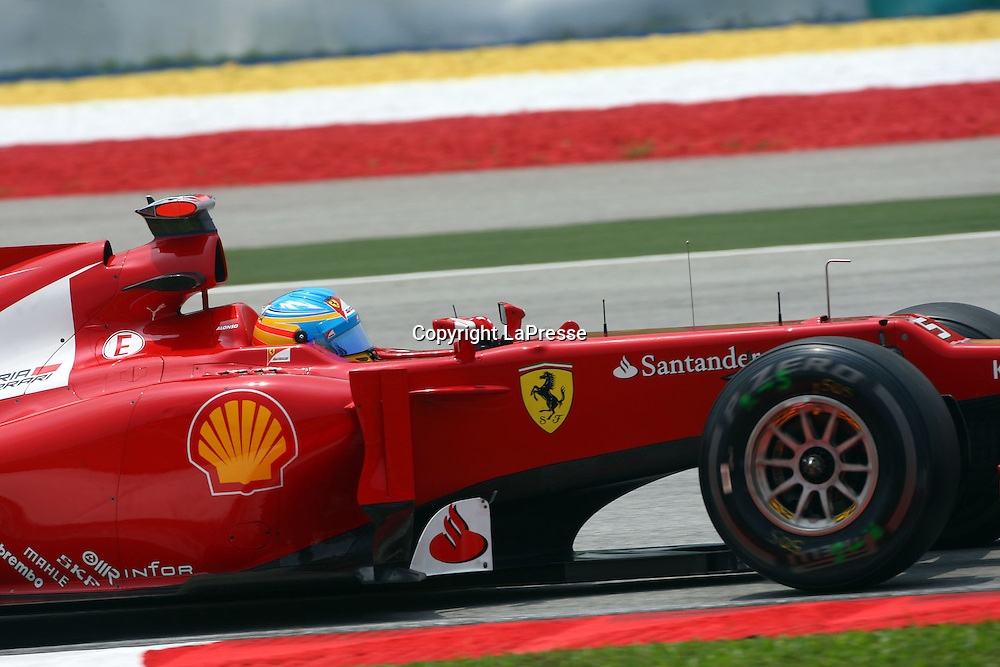 &copy; Photo4 / LaPresse<br /> 23/3/2012 Sepang<br /> Malaysian Grand Prix, Sepang 2012<br /> In the pic: Fernando Alonso (ESP), Scuderia Ferrari, F2012