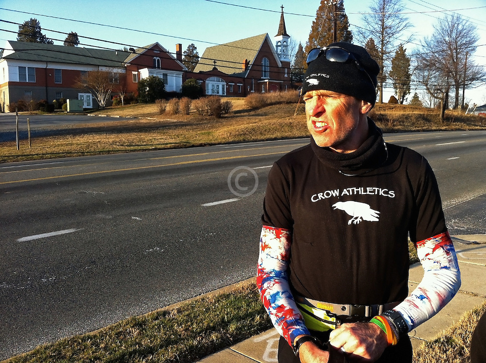 Gary Allen runs 700 miles from Maine to DC: refueling stop in Maryland on last day