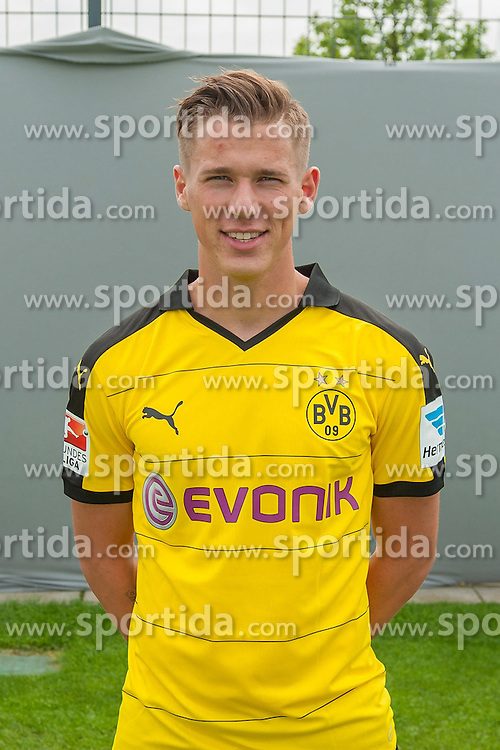 15.07.2015, Dortmund, AUT, 1. FBL, Borussia Dortmund, Fototermin, im Bild Erik Durm ( Borussia Dortmund / Portrait ) // during the official Team and Portrait Photoshoot of German Bundesliga Club Borussia Dortmund at the Dortmund, Germany on 2015/07/15. EXPA Pictures &copy; 2015, PhotoCredit: EXPA/ Eibner-Pressefoto/ Thienel<br /> <br /> *****ATTENTION - OUT of GER*****