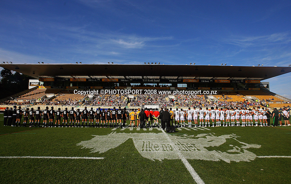The teams line up before the match.<br /> Rugby League - All Golds v New Zealand Maori at Yarrow Stadium, New Plymouth. Sunday, 12 October 2008. Photo: Dave Lintott/PHOTOSPORT