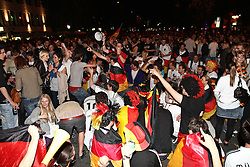 23.06.2010, Leopoldstrasse Schwabing, Muenchen, GER, FIFA Worldcup, Fanfeier nach Ghana vs Deutschland,  im Bild Fans , EXPA Pictures © 2010, PhotoCredit: EXPA/ nph/  Straubmeier / SPORTIDA PHOTO AGENCY
