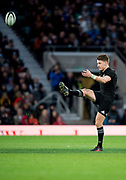 Twickenham, Surrey. England. All Black. Captain, Beauden BARRETT, kick off, during the Killik Cup, Barbarians vs New Zealand. Twickenham. UK<br /> <br /> Saturday  04.11.17<br /> <br /> [Mandatory Credit Peter SPURRIER/Intersport Images]