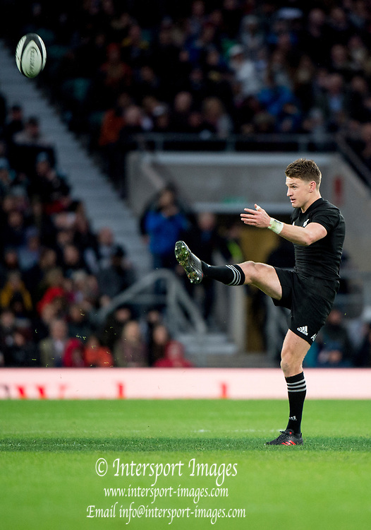 Twickenham, Surrey. England. All Black. Captain, Beauden BARRETT, kick off, during the Killik Cup, Barbarians vs New Zealand. Twickenham. UK<br /> <br /> Saturday  04.11.17<br /> <br /> [Mandatory Credit Peter SPURRIER/Intersport Images]