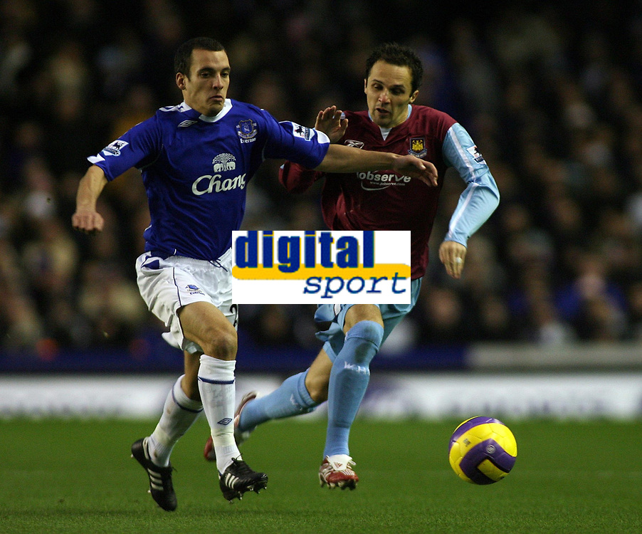 Photo: Paul Thomas.<br /> Everton v West Ham United. The Barclays Premiership. 03/12/2006.<br /> <br /> Goal scorer (L) of Everton. Matthew Etherington of West Ham.