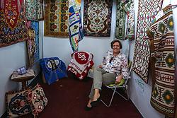 Marilda Martins do estande Tapetes Artesanais na Expoargs - Exposição de Artesanato do RS na 38ª Expointer, que ocorrerá entre 29 de agosto e 06 de setembro de 2015 no Parque de Exposições Assis Brasil, em Esteio. FOTO: André Feltes/ Agência Preview