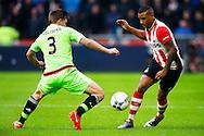 20-03-2016 VOETBAL:PSV-AJAX:EINDHOVEN<br /> Joël Veltman van Ajax in duel met  Luciano Narsingh van PSV <br /> <br /> Foto: Geert van Erven