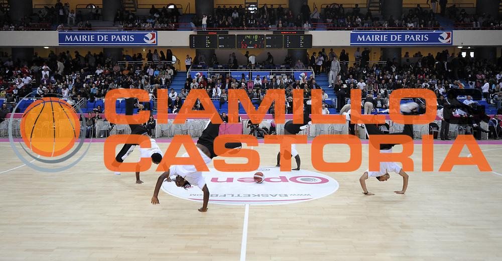DESCRIZIONE : Ligue Feminine de Basket Ligue  1 Journee &agrave; Paris<br /> GIOCATORE : Animation Open Feminin<br /> SQUADRA : <br /> EVENTO : Ligue Feminine 2010-2011<br /> GARA : Basket Landes &ndash; Villeneuve d&rsquo;Ascq<br /> DATA : 16/10/2010<br /> CATEGORIA : Basketbal France Ligue Feminine<br /> SPORT : Basketball<br /> AUTORE : JF Molliere par Agenzia Ciamillo-Castoria <br /> Galleria : France Basket 2010-2011 Action<br /> Fotonotizia : Ligue Feminine de Basket Ligue 1 Journee &agrave; Paris<br /> Predefinita :