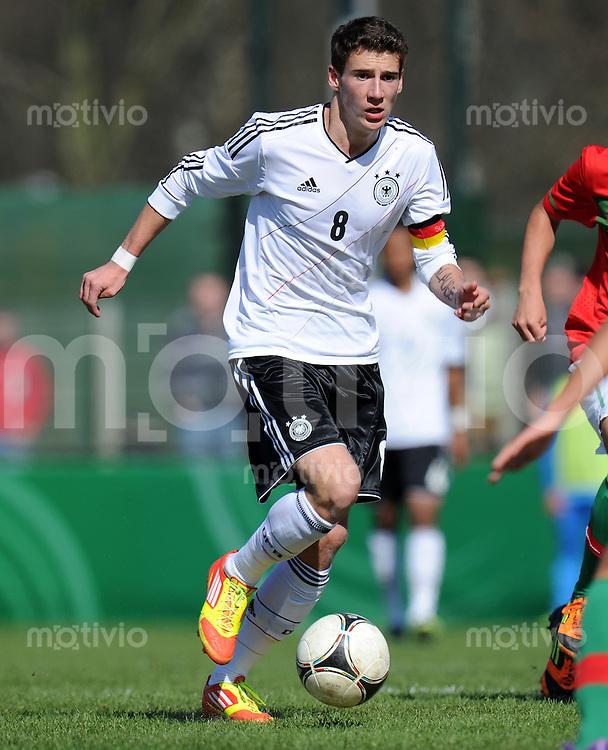 FUSSBALL   INTERNATIONAL   U17 EM QUALIFIKATION   Portugal - Deutschland          25.03.2012 Leon Goretzka (Deutschland)