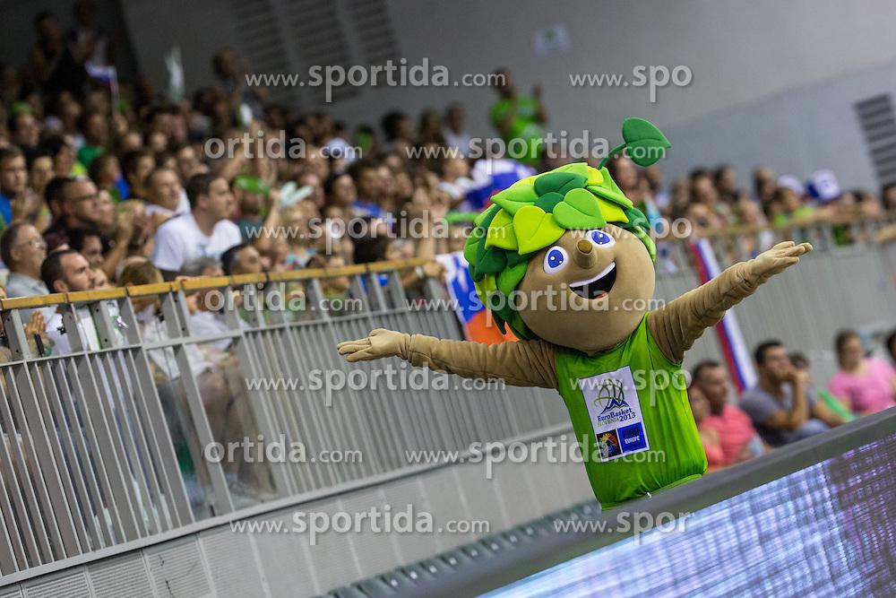 Mascot Lipko during friendly match between National teams of Slovenia and Russia for Eurobasket 2013 on August 18, 2013 in Hala Tivoli, Ljubljana, Slovenia. (Photo by Matic Klansek Velej / Sportida.com)