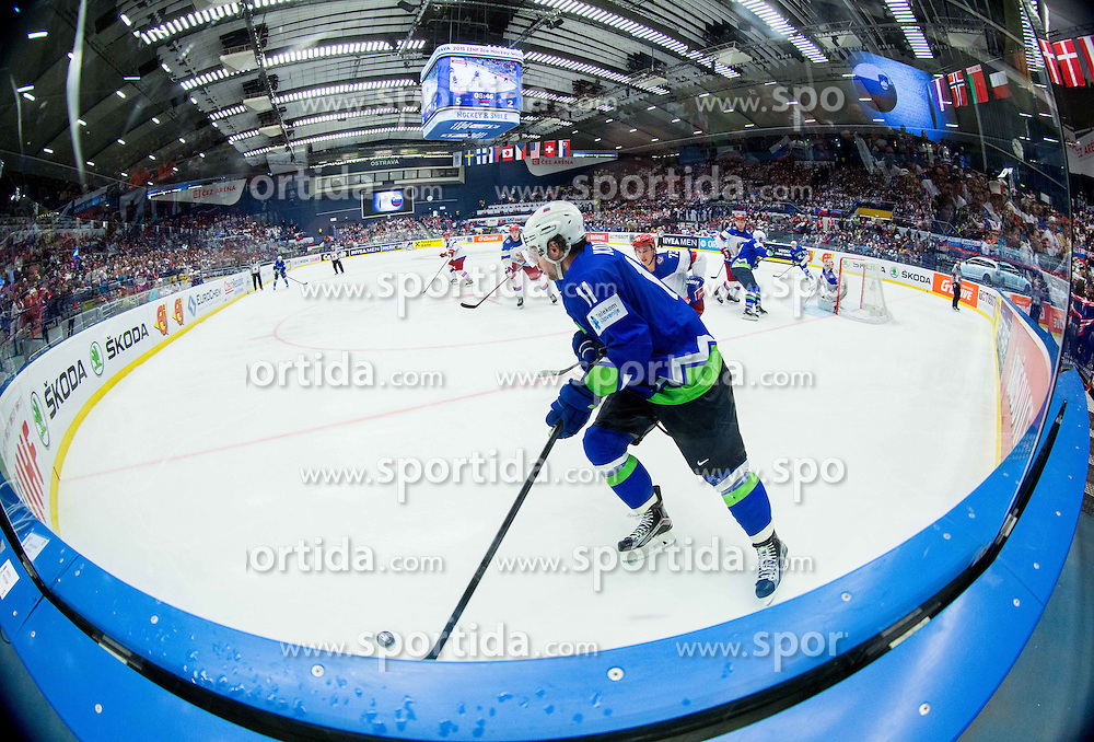 Anze Kopitar of Slovenia during Ice Hockey match between Russia and Slovenia at Day 3 in Group B of 2015 IIHF World Championship, on May 3, 2015 in CEZ Arena, Ostrava, Czech Republic. Photo by Vid Ponikvar / Sportida
