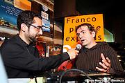 en entrevue avec Louis Moubarak pour Francophonie Express durant le 29e Festival en Chanson de Petite-Vallée  -  Gaspésie / Petite_Vallée / Canada / 2011-06-25, © Photo Marc Gibert / adecom.ca
