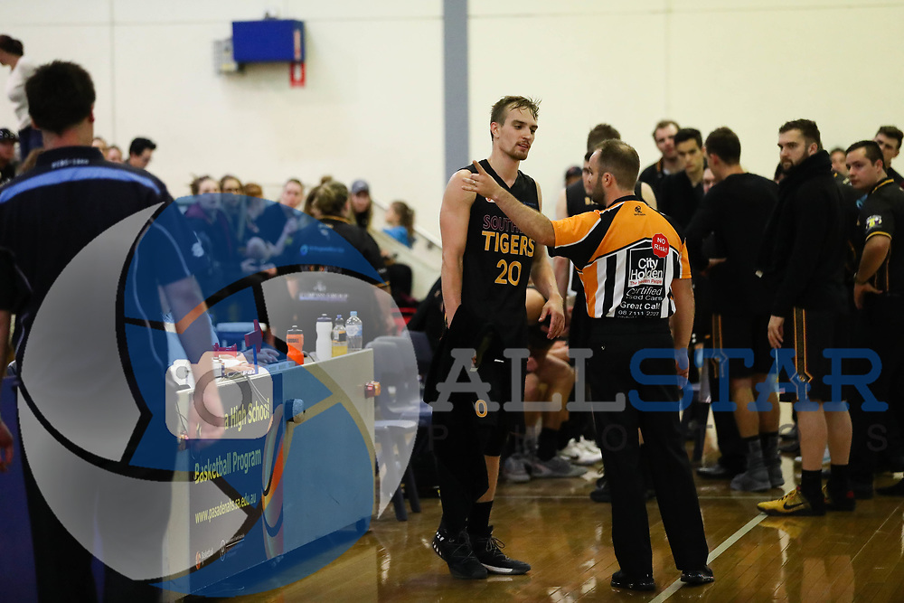 01/04/2017 Premier League Round 1: Sturt Sabres vs Southern Tigers at Pasadena.  Tigers Anthony Drimic is ejected from the game after two technical fouls. Photos By AllStar Photos.
