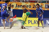Footbal-FIFA Beach Soccer World Cup 2006 -  Oficial Games BRA x JPN -Junior Negão and Kawaharazuka- Brazil - 05/11/2006.<br />Mandatory Credit: FIFA/Ricardo Ayres