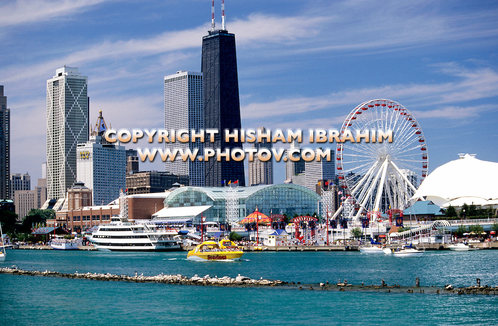 Chicago, Navy pier and skyline, Chicago, Illinois, USA