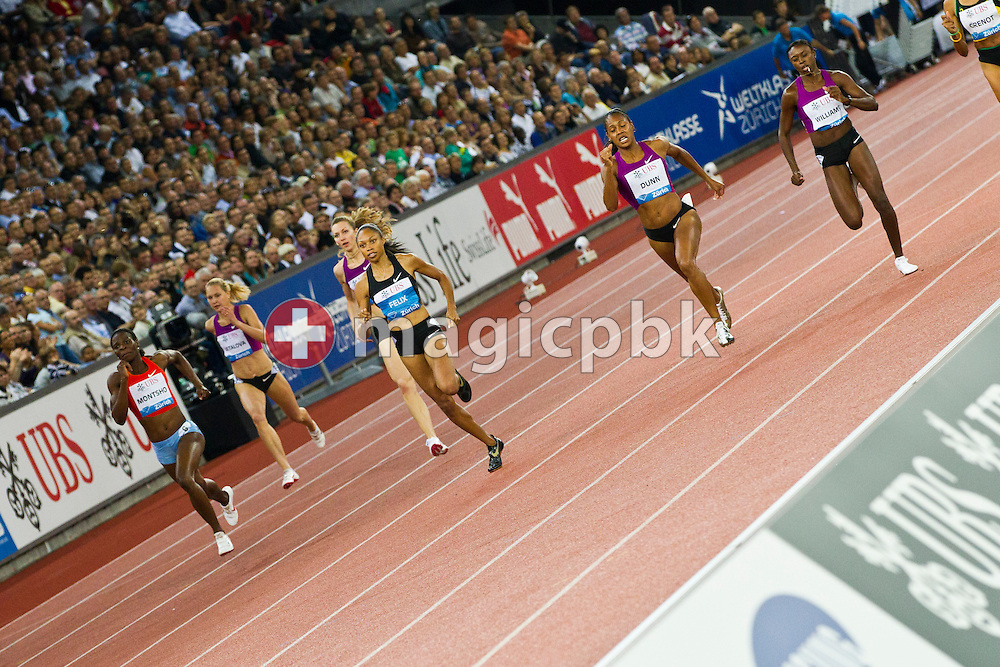 First placed Allyson FELIX (C) of the USA competes in the women's 400m during the IAAF Diamond League meeting at the Letzigrund Stadium in Zurich, Switzerland, Thursday, Aug. 19, 2010. (Photo by Patrick B. Kraemer / MAGICPBK)