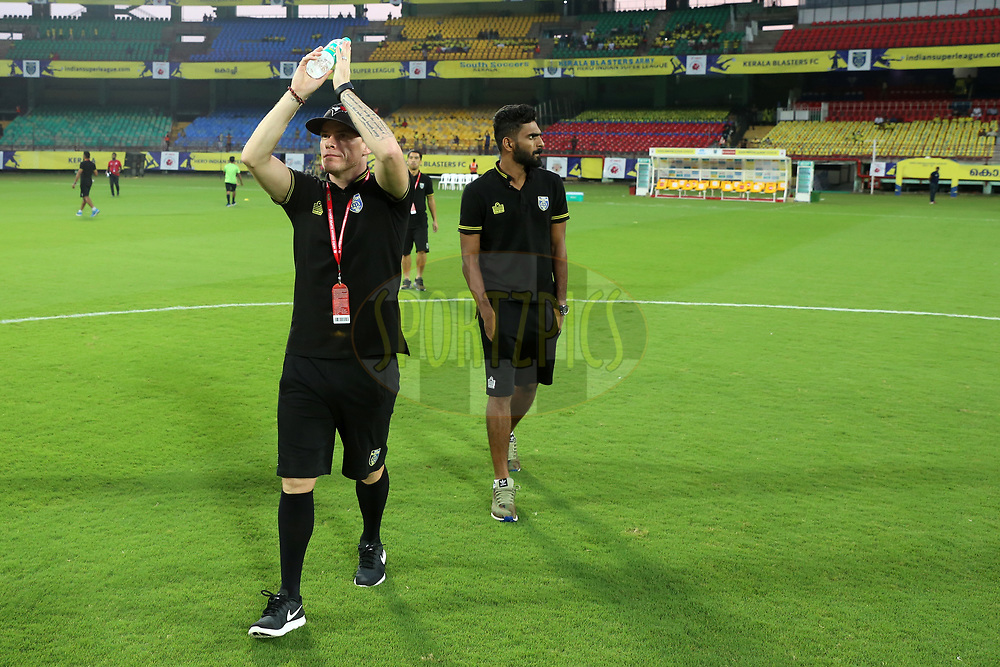 Iain Hume of Kerala Blasters FC arrive before the match 38 of the Hero Indian Super League between Kerala Blasters FC and FC Pune City  held at the Jawaharlal Nehru Stadium,Kochi India on the 4th January 2018<br /> <br /> Photo by: Faheem Hussain / ISL / SPORTZPICS