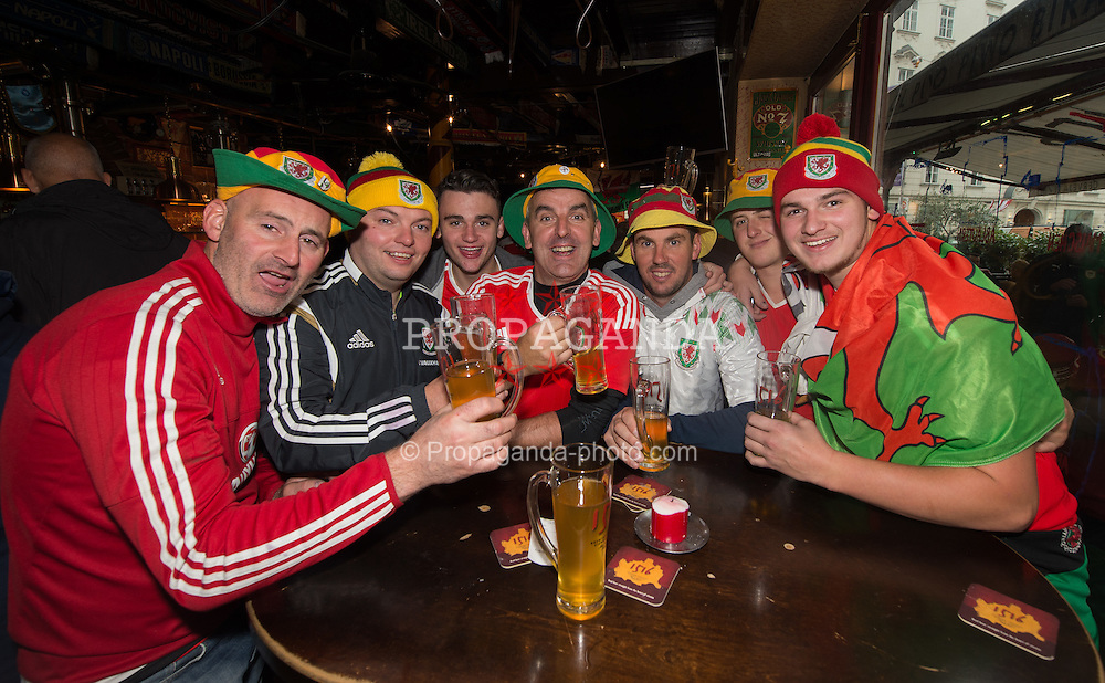 VIENNA, AUSTRIA - Thursday, October 6, 2016: Wales supporters react inside Flanigans bar in Vienna ahead of the match with Austria.  Wales play Austria in the 2018 FIFA World Cup Qualifying Group D match at the Ernst-Happel-Stadion. (Pic by Peter Powell/Propaganda)