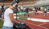 AMSTERDAM  -  3v3 urban hockey in het Olympisch Stadion tijdens de NextGen Games. Gemeente Amsterdam. DJ Marij van Tienen.  COPYRIGHT  KOEN SUYK
