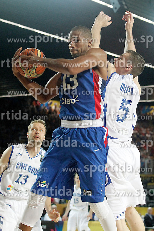 02.09.2014, City Arena, Bilbao, ESP, FIBA WM, Finnland vs Dominikanische Republik, im Bild Findlan's Erik Murphy (r) and Dominican Republic's Eulis Baez // during FIBA Basketball World Cup Spain 2014 match between Finland and Dominican Republic at the City Arena in Bilbao, Spain on 2014/09/02. EXPA Pictures &copy; 2014, PhotoCredit: EXPA/ Alterphotos/ Acero<br /> <br /> *****ATTENTION - OUT of ESP, SUI*****