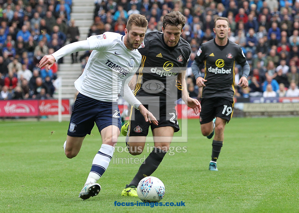 Tom Barkhuizen of Preston North End and Adam Matthews of Sunderland in action during the Sky Bet Championship match at Deepdale, Preston.<br /> Picture by Michael Sedgwick/Focus Images Ltd +44 7900 363072<br /> 30/09/2017