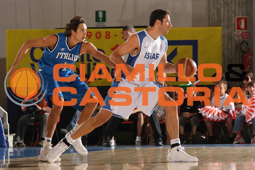 DESCRIZIONE : Bormio Torneo Internazionale Maschile Diego Gianatti Italia Israele<br /> GIOCATORE : Yaniv Green<br /> SQUADRA : Israele Israel<br /> EVENTO : Raduno Collegiale Nazionale Maschile <br /> GARA : Italia Israele Italy Israel<br /> DATA : 01/08/2008 <br /> CATEGORIA : palleggio <br /> SPORT : Pallacanestro <br /> AUTORE : Agenzia Ciamillo-Castoria/M.Marchi<br /> Galleria : Fip Nazionali 2008 <br /> Fotonotizia : Bormio Torneo Internazionale Maschile Diego Gianatti Italia Israele<br /> Predefinita :