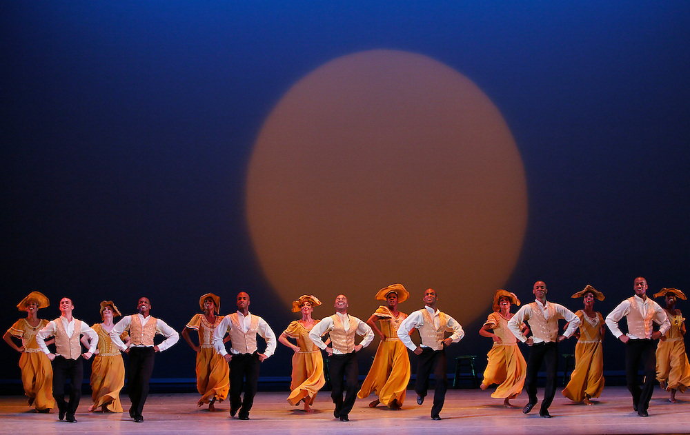 Revelations: Choreography by Alvin Ailey.Alvin Ailey American dance Theater.Credit photo: ©Paul Kolnik.paul@paulkolnik.com.nyc  212-362-7778