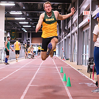 Adam Schmit in action during the Cougars Track&Field Intersquad on November 19 at Centre for Kinesiology, Health and Sport. Credit: Arthur Ward/Arthur Images