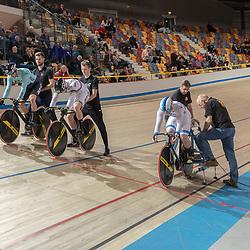 25-11-2018: Wielrennen: NK Baan: Apeldoorn<br />Beat cycling met Roy van den Berg; Theo Bos; Mathijs Buchli kampioen Teamsprint