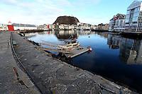 ÅLESUND 20130224. <br /> Molja fyr, Scandic Hotell, Brosundet og Fjellstua i Ålesund sett fra Molja.<br /> Foto: Svein Ove Ekornesvåg
