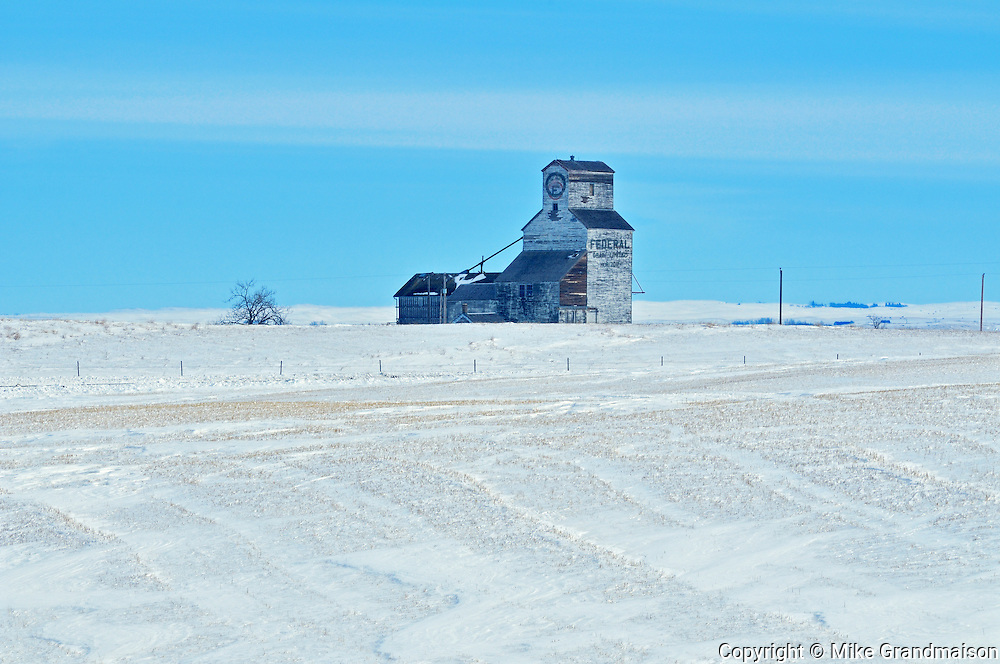 Old grain elevator in winter<br /> Horizon<br /> Saskatchewan<br /> Canada