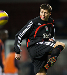LONDON, ENGLAND - Wednesday, January 30, 2008: Liverpool's captain Steven Gerrard MBE warms-up before the Premiership match against West Ham United at Upton Park. (Photo by David Rawcliffe/Propaganda)