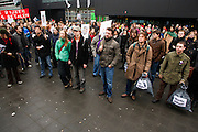 Een paar honderd studenten demonstreren op de studentencampus De Uithof in Utrecht tegen de voorgenomen bezuinigingen op het onderwijs...Around hundred students are demonstrating at the university campus Uithof in Utrecht against the cutbacks on education.