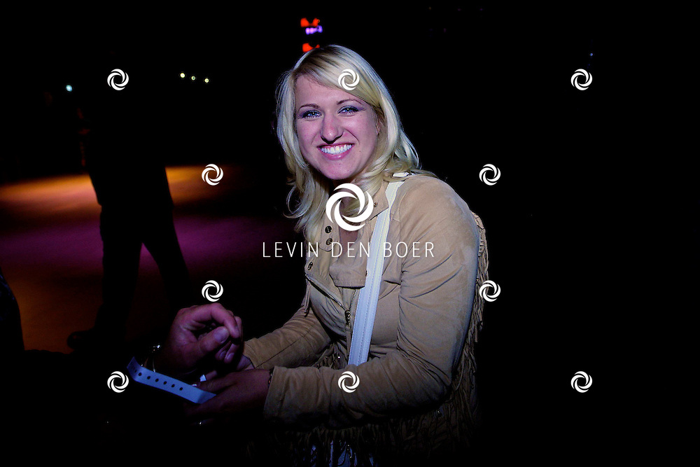 HILVERSUM - Britt Dekker op de foto. FOTO LEVIN DEN BOER - PERSFOTO.NU
