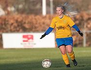 FODBOLD: Heidi Bjerregaard (Ølstykke FC) under kampen i Sjællandsserien mellem Ølstykke FC og Herlufsholm GF den 9. april 2019 på Ølstykke Stadion. Foto: Claus Birch