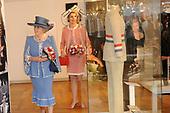 Beatrix opent tentoonstelling Máxima, 10 jaar in Nederland
