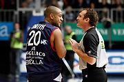 DESCRIZIONE : Cantu Lega A1 2008-09 NGC Cantu Angelico Biella<br /> GIOCATORE : Joe Smith Arbitro<br /> SQUADRA : Angelico Biella<br /> EVENTO : Campionato Lega A1 2008-2009<br /> GARA : NGC Cantu Angelico Biella<br /> DATA : 14/12/2008<br /> CATEGORIA : Ritratto Delusione<br /> SPORT : Pallacanestro<br /> AUTORE : Agenzia Ciamillo-Castoria/G.Cottini