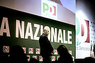 ROMA. UN ADDETTO ALLA SICUREZZA DURANTE DURANTE L'ASSEMBLEA DEL PARTITO DEMOCRATICO