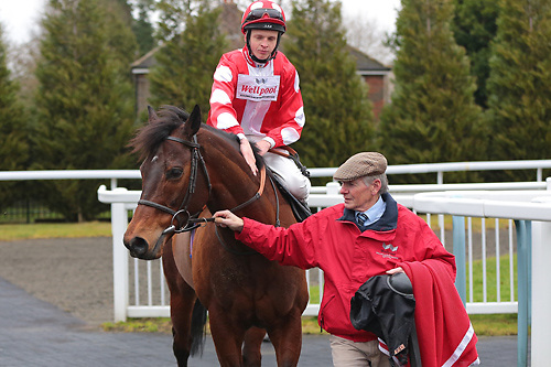 Mr David and David Probert winning the 1.00 race