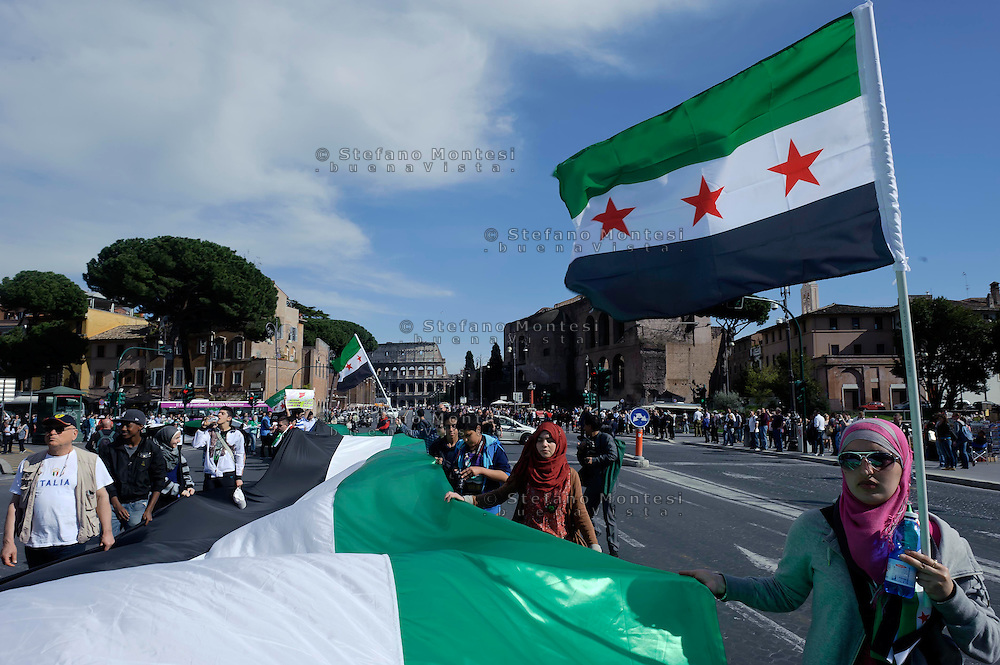 Roma 13 Aprile 2013.Manifestazione della comunità siriana  contro il Regime di Bashar al-Asad.Members of the Syrian community in Rome demonstrated against the.regime of  Syrian President Bashar al-Assad.Rome , Italy 13th of April  2013.