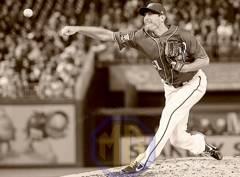 WASHINGTON, DC - SEPTEMBER 30: Washington Nationals starting pitcher Max Scherzer (31) pitches in the third inning during an MLB game between the Pittsburgh Pirates and the Washington Nationals on September 30, 2017, at Nationals Park in Washington, D.C.  The Pittsburgh Pirates defeated the Washington Nationals, 4-1 with a four run ninth inning. (Photo by Mark Goldman/Icon Sportswire)