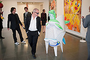 DAMIEN HIRST, 2009 Serpentine Gallery Summer party. Sponsored by Canvas TV. Serpentine Gallery Pavilion designed by Kazuyo Sejima and Ryue Nishizawa of SANAA. Kensington Gdns. London. 9 July 2009.
