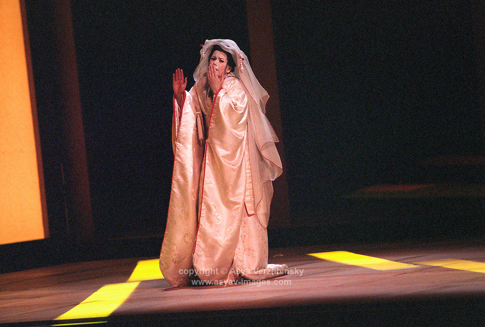 "Amanda Roocroft as Cho-Cho San in Royal Opera's ""Madama Butterfly""<br />
